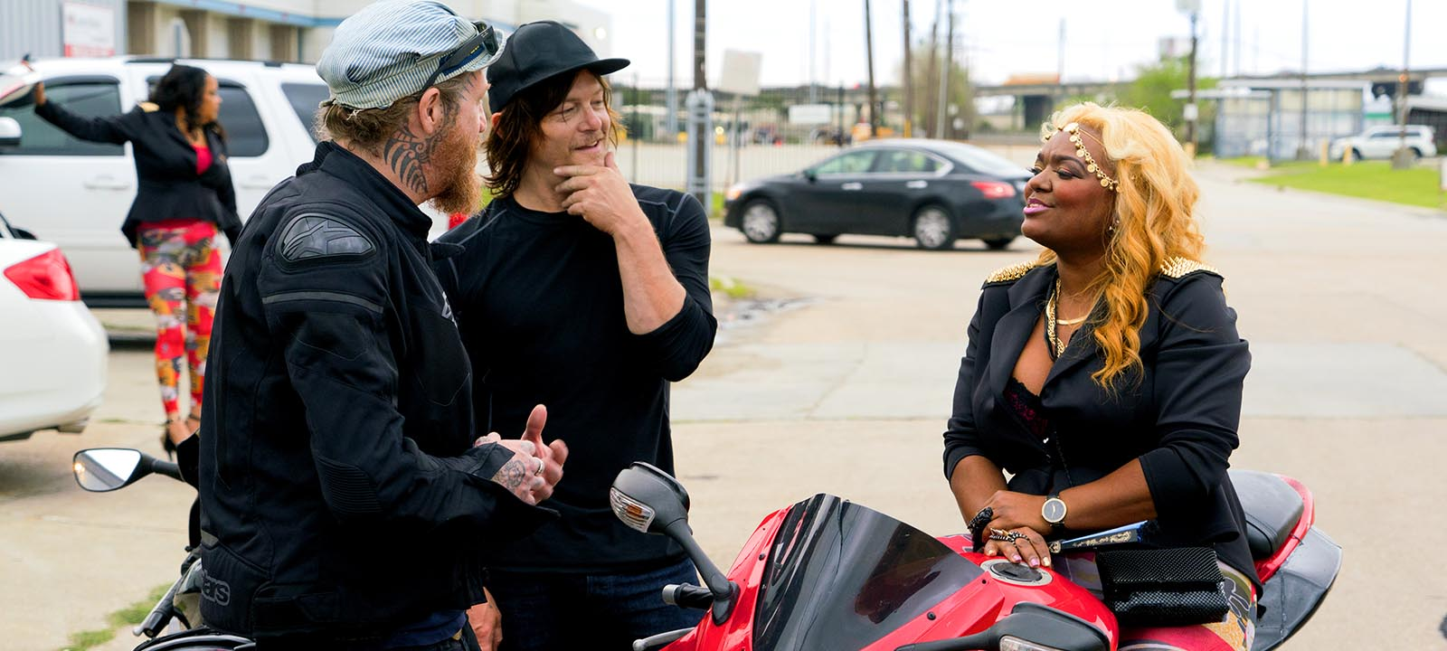ride-with-norman-reedus-105-Coco-Q&A-800×600