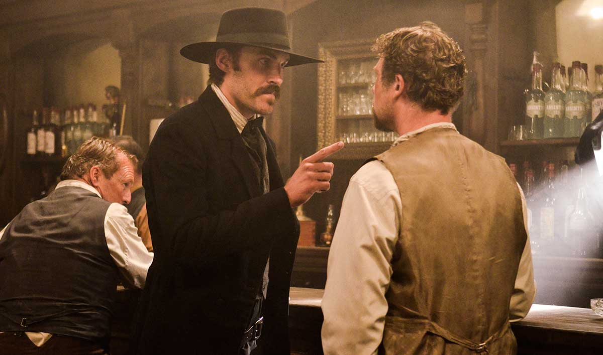 Full Episode: Wyatt Earp Makes Enemies in Tombstone