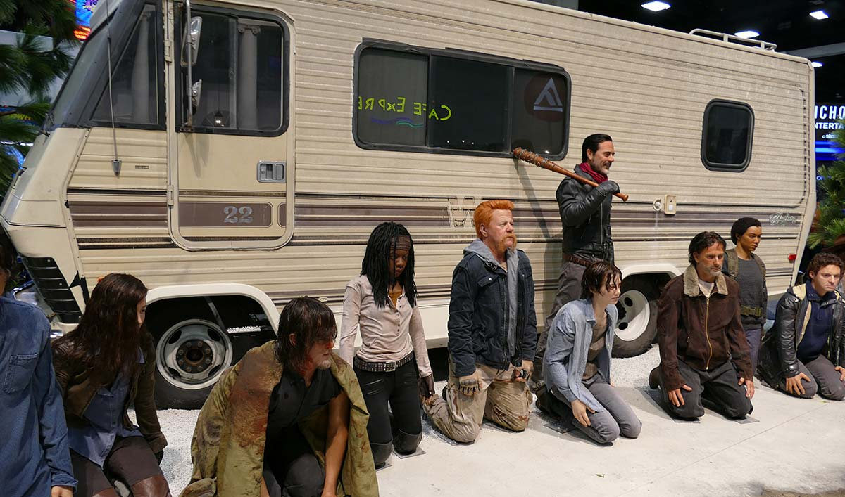 Take a 360° Tour of <em>The Walking Dead</em> Comic-Con Booth