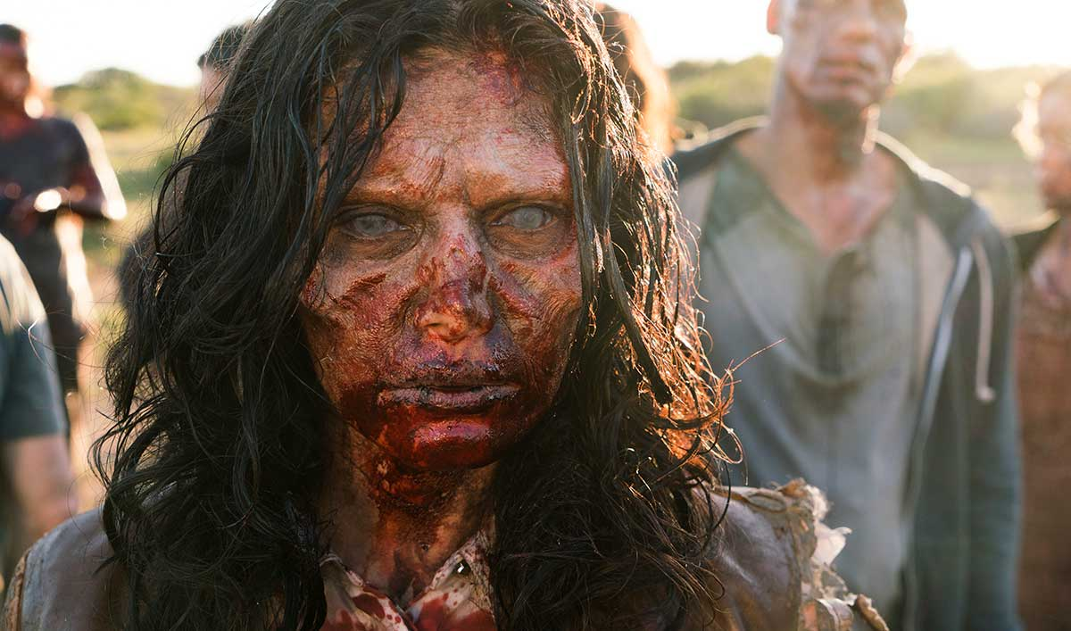 Extras for the <em>Fear the Walking Dead</em> Mid-Season Premiere