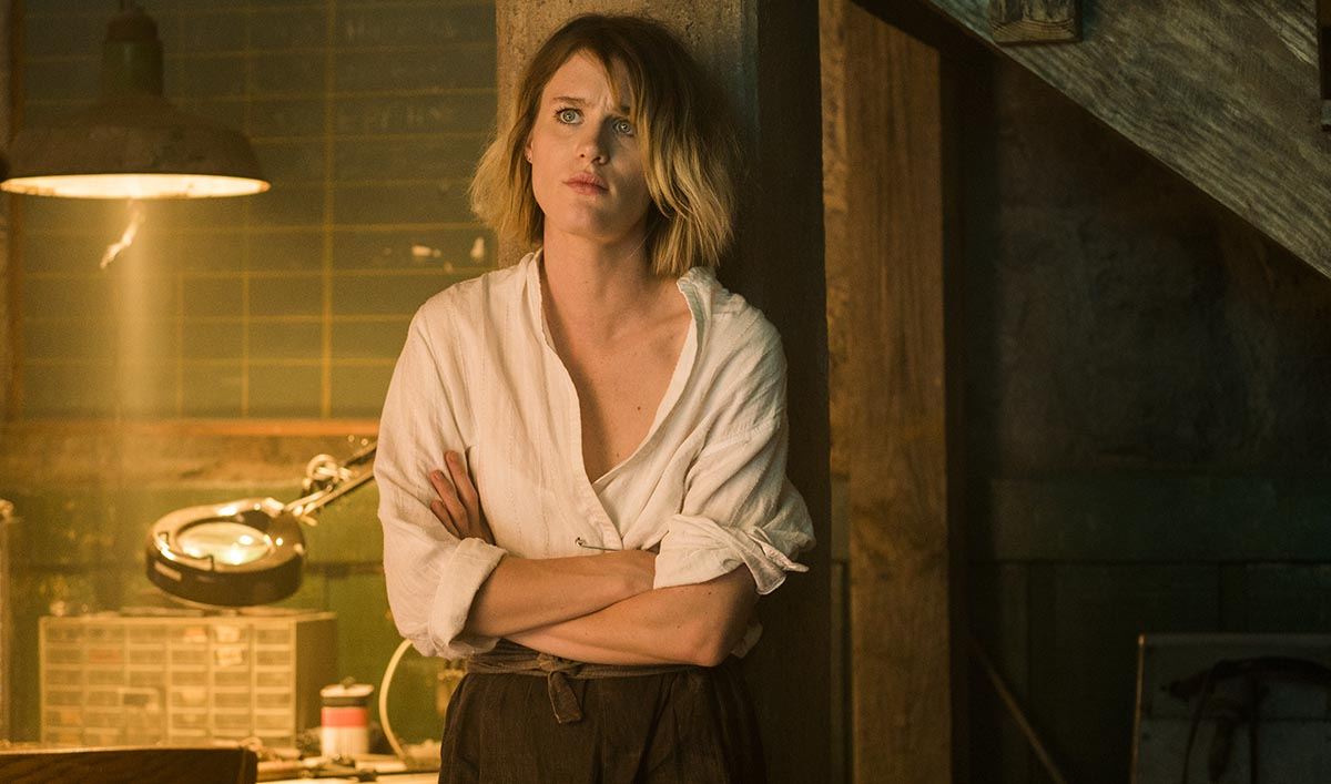 <em>Deadline</em> Talks New Cast Member; Mackenzie Davis in <em>Interview</em>