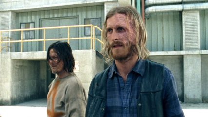 "Sneak Peek of Daryl as the Saviors' Prisoner in ""The Cell"""