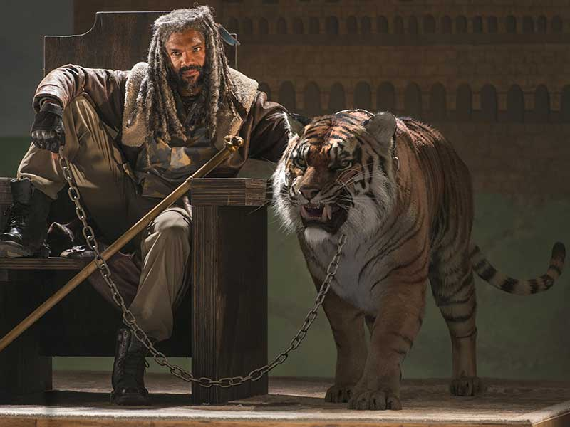 the-walking-dead-episode-702-ezekiel-payton-800×600-making-of