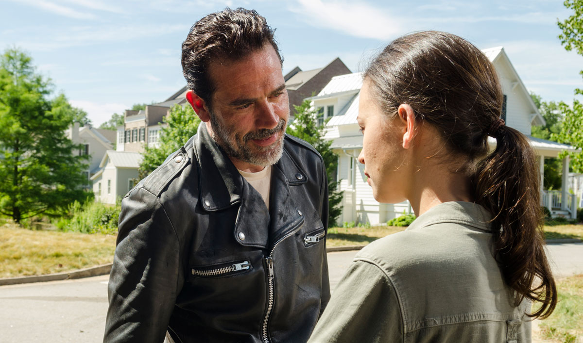 "Inside ""Service"" — Jeffrey Dean Morgan on Negan Exerting His ""Negan-ism"""
