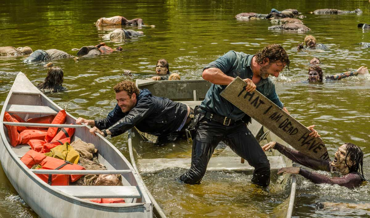 """Making of """"Hearts Still Beating"""" — Go Behind the Scenes of """"the Best Fun"""" Andrew Lincoln Had All Season"""