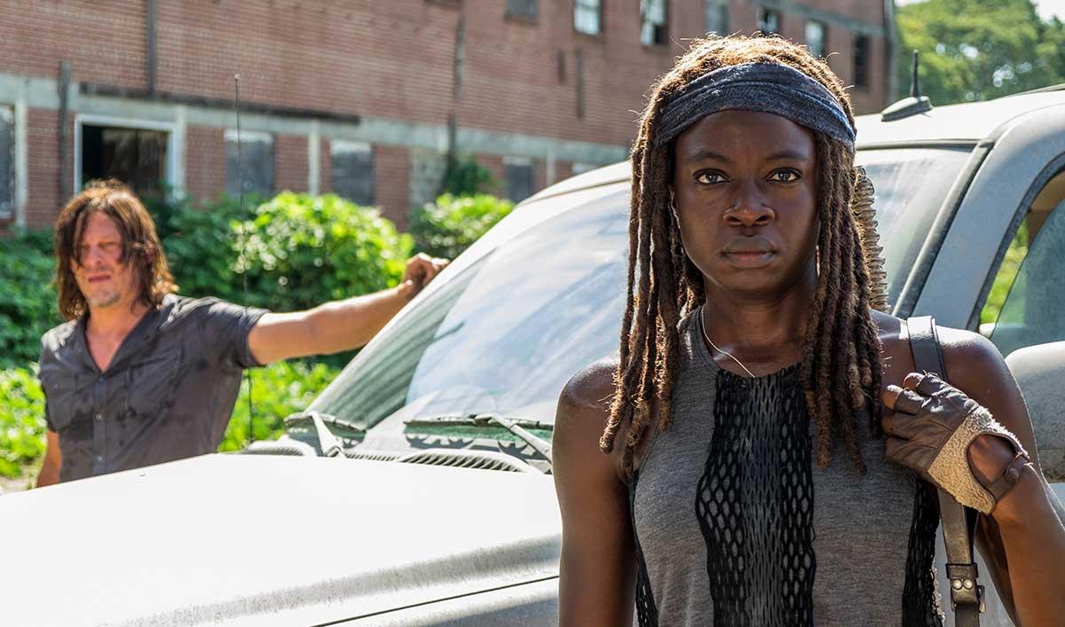 Extras for <em>The Walking Dead</em> Season 7 Mid-Season Premiere