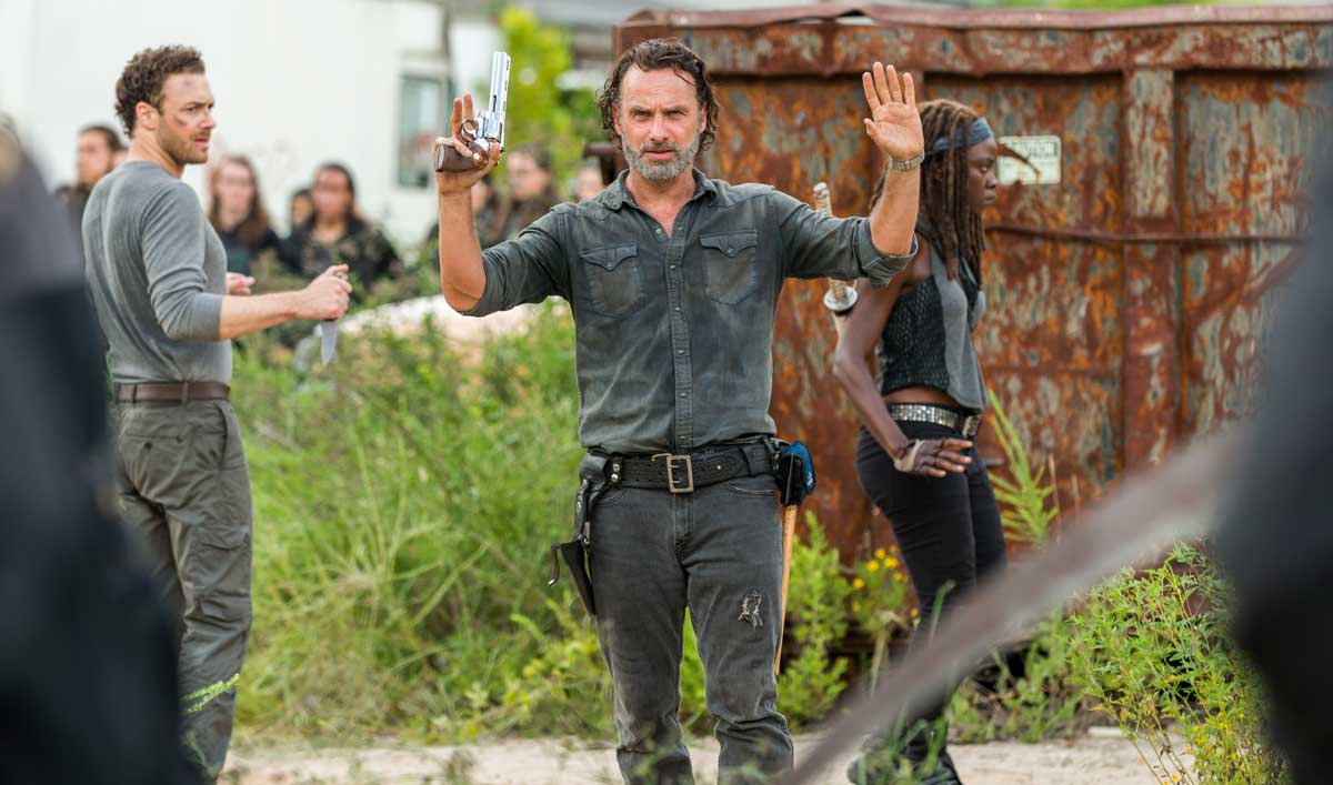 Inside the <em>The Walking Dead</em> Mid-Season Premiere — The Cast and Crew on Rick&#8217;s Change of Heart Toward New Communities