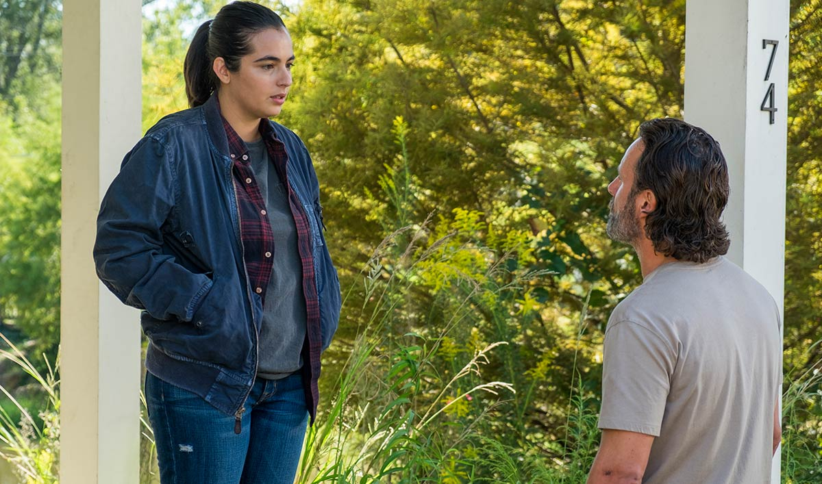 Extras for <em>The Walking Dead</em> Season 7, Episode 12