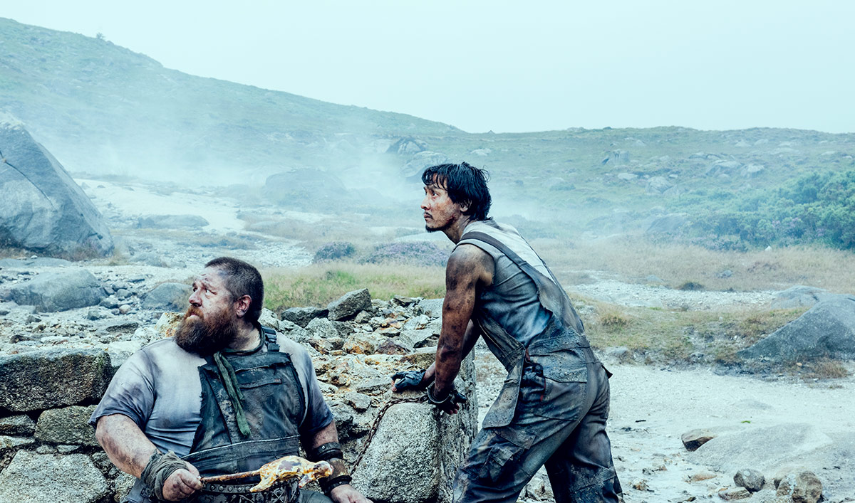 <em>GQ</em> Applauds <em>Badlands</em>&#8216;s Fight Scenes; <em>THR</em> Interviews Nick Frost