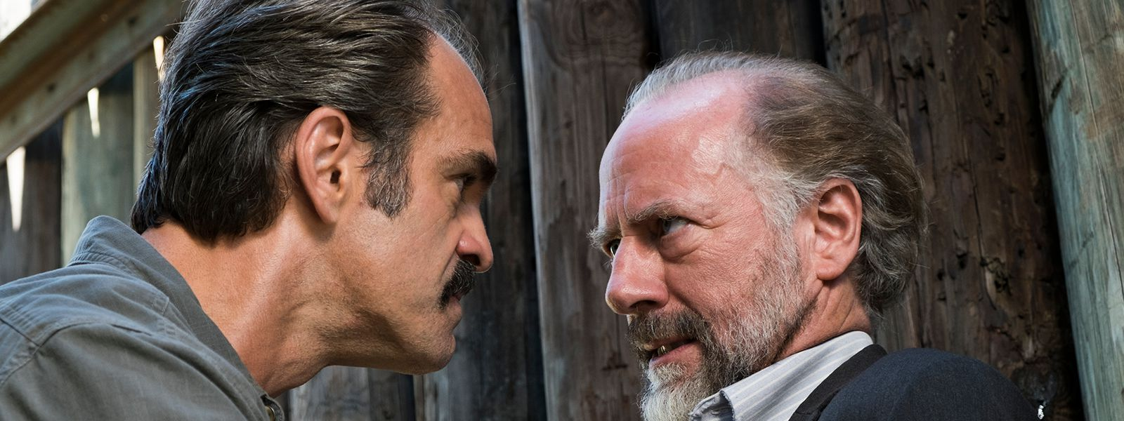 the-walking-dead-episode-714-simon-ogg-gregory-berkley-post-800×600