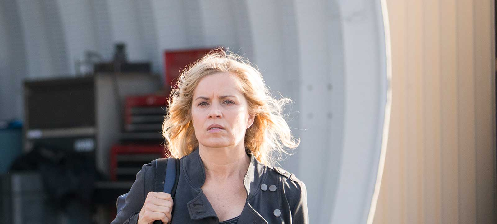 fear-the-walking-dead-episode-301-madison-dickens-800×600-interview