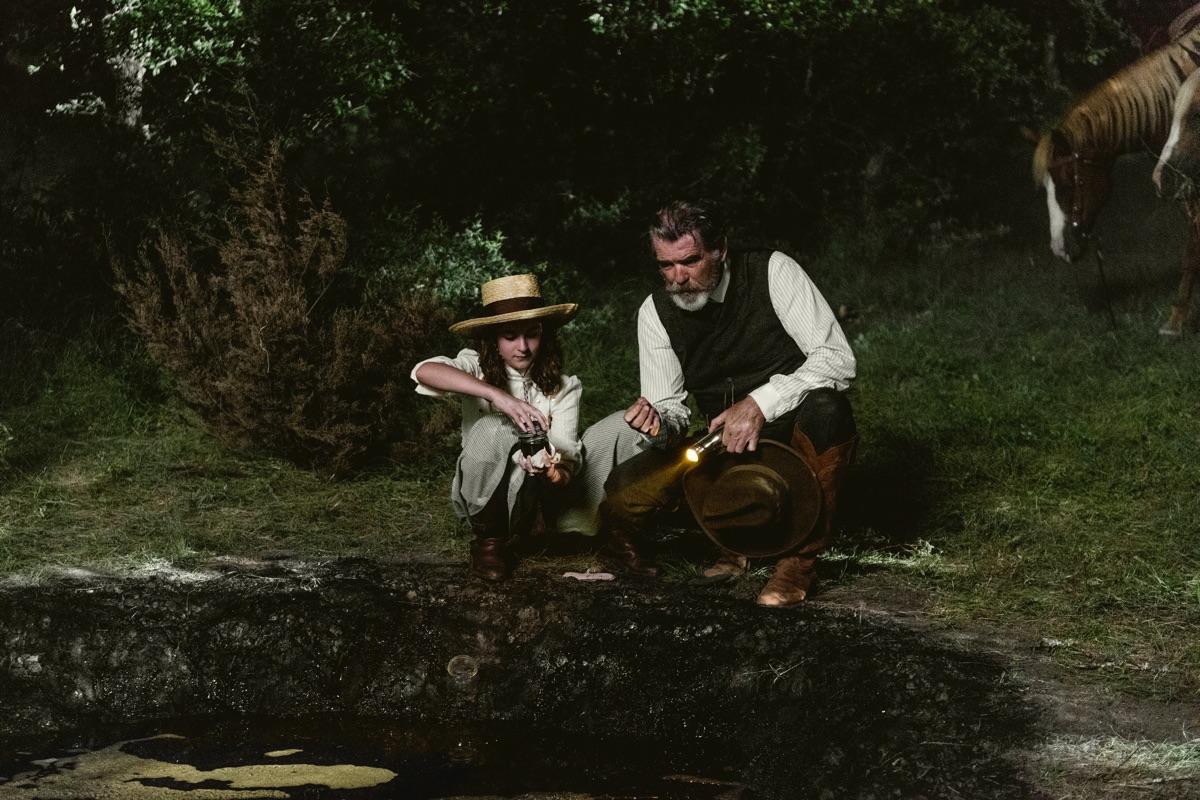Pierce Brosnan on Whether Eli Will Seize the Garcías' Land