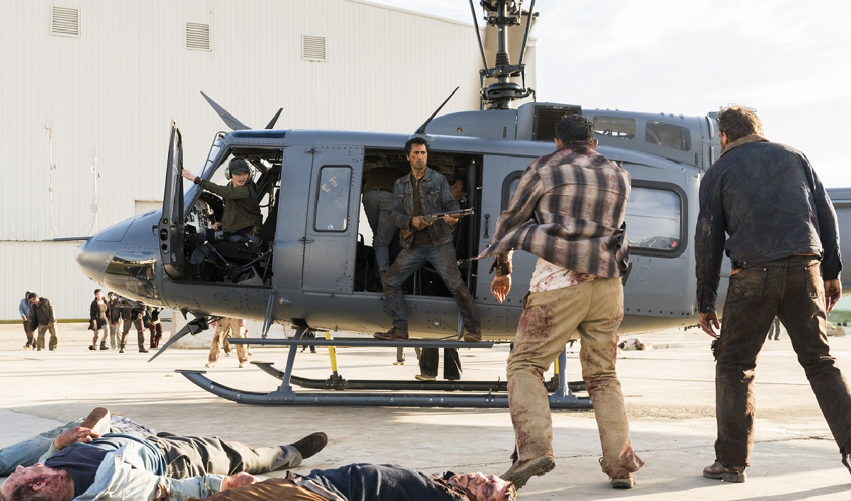 The Cast and Creators Discuss the Tragic Choice in <em>Fear the Walking Dead</em> Episode 2