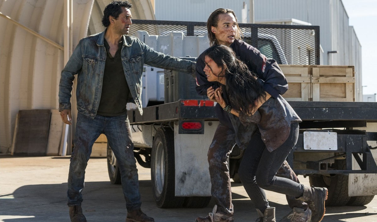 A Militiaman Holds Nick and Travis's Lives in His Hands — Watch the <em>Fear the Walking Dead</em> Season Premiere for Free