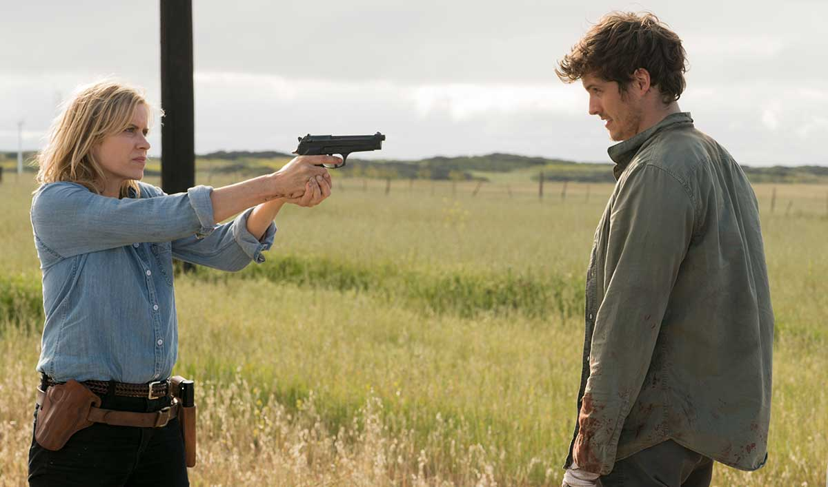 The Cast of <em>Fear the Walking Dead</em> Discusses What (or Who) Is Tearing the Ranch Apart