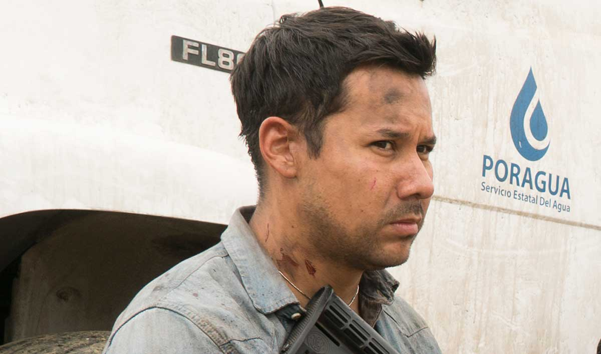 (SPOILERS) <em>Fear the Walking Dead</em> Q&A — Justin Rain (Crazy Dog)