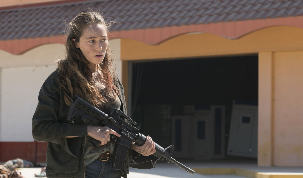 Sneak Peek of <em>Fear the Walking Dead</em> Episode 14 — Will Alicia's Encounter With a Mystery Woman End in Violence?
