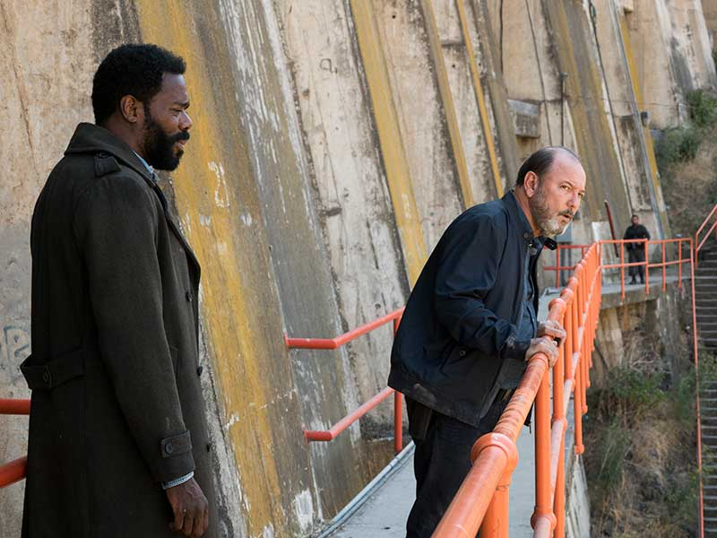 fear-the-walking-dead-episode-315-strand-domingo-daniel-blades-800×600-photos