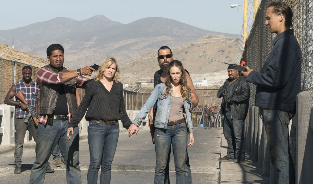 The <em>Fear the Walking Dead</em> Cast and Creators on the Cliffhanger Critics Call &#8220;Jaw-Dropping&#8221;