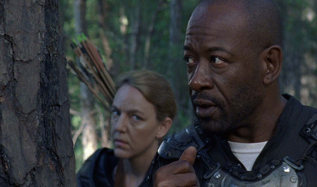 Sneak Peek of <em>The Walking Dead</em> Episode 2 &#8212; An Unlikely Defense Trips Up Jesus and Morgan