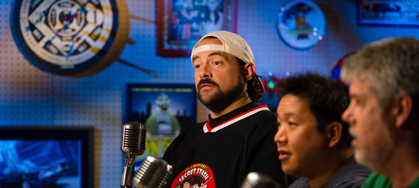 comic-book-men-701-kevin-smith-ming-mike-800×600