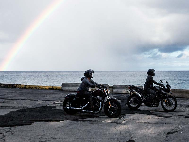ride-205–norman-reeus-patrick-hoelck-riding-rainbow-800×600
