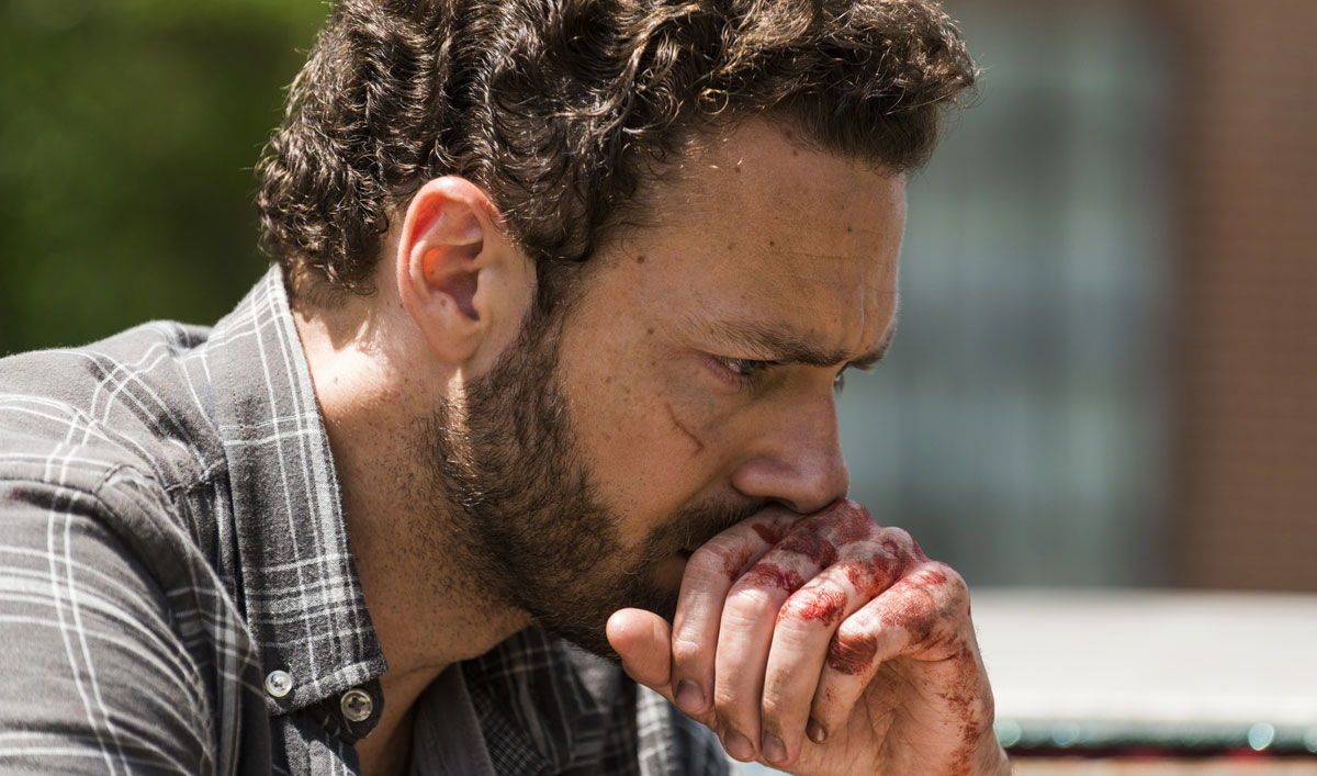 Aaron Confronts the Cost of War in an Emotional Scene From <em>The Walking Dead</em> Episode 3