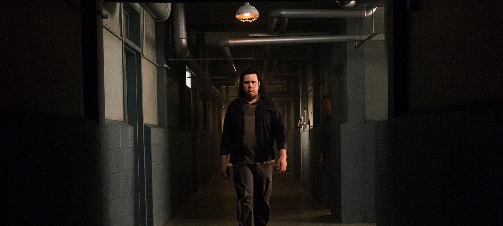 the-walking-dead-episode-807-eugene-mcdermitt-800×600-interview
