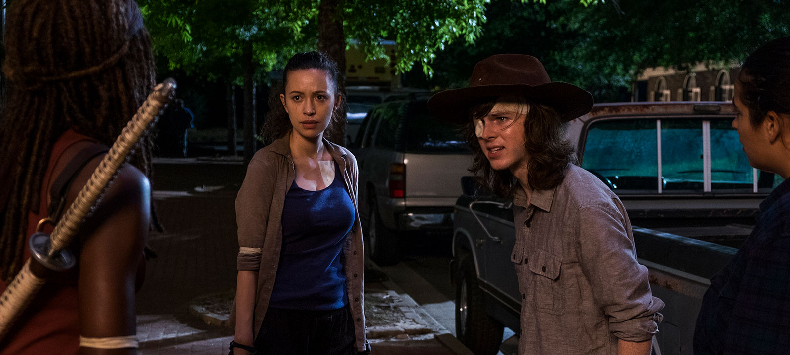 the-walking-dead-episode-808-carl-riggs-800×600-interview