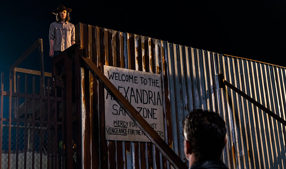 Chandler Riggs Talks Leaving <em>Dead</em> With <em>THR</em>; <em>EW</em>&#8216;s Andrew Lincoln Q&#038;A