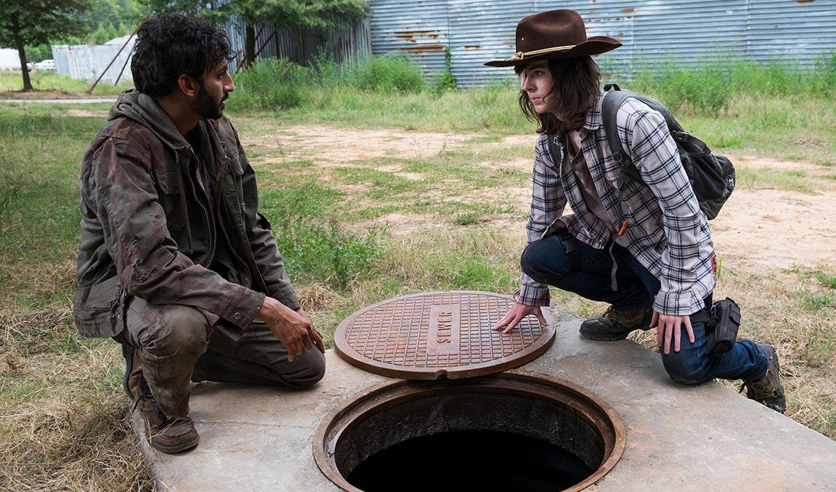 Extras for <em>The Walking Dead</em> Season 8 Mid-Season Premiere