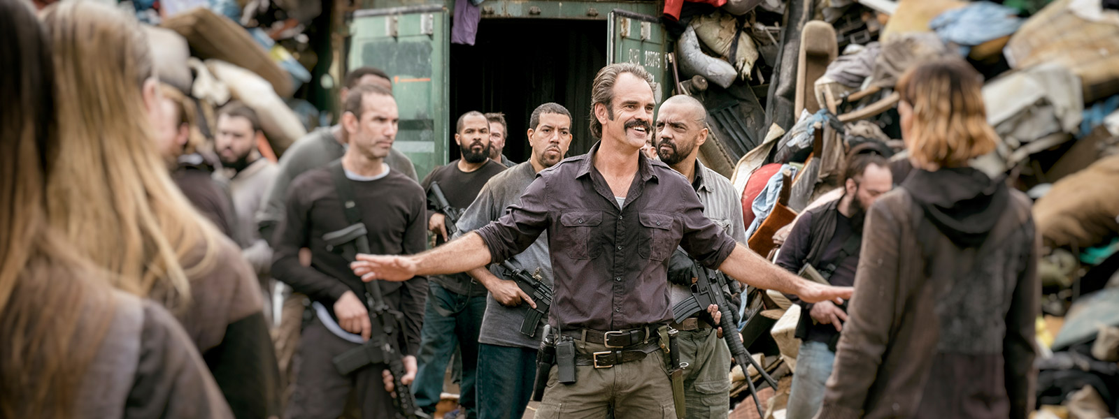 the-walking-dead-episode-810-simon-ogg-jadis-mcintosh-post-800×600