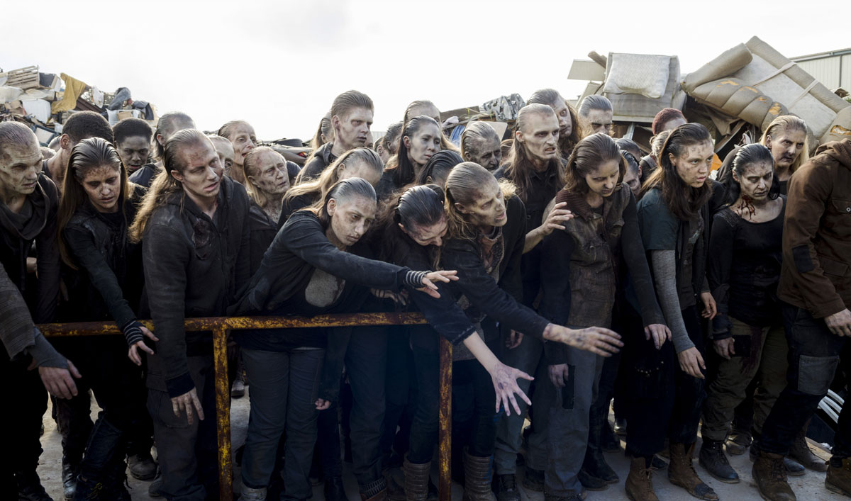See How the Crew Ground the Scavengers Into Goo in <em>The Walking Dead</em> Episode 10