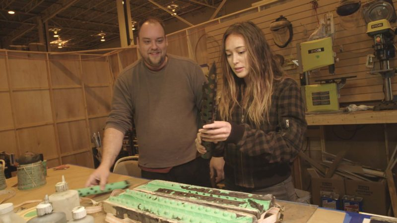 Cast Introduces Crew: Alycia Debnam-Carey and the Props Department