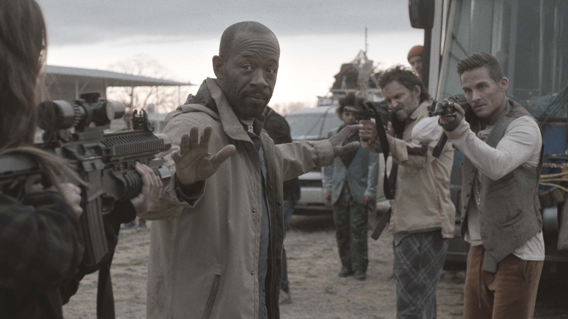 Video Extra - Fear The Walking Dead - Spoilers Talked About