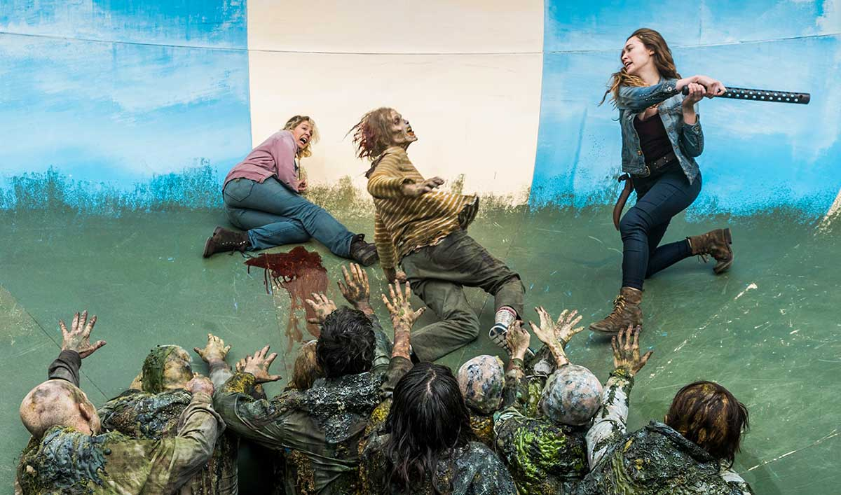 Go Behind-the-Scenes of the Algae-Infected Waterpark Walkers in <em>Fear the Walking Dead</em> Episode 4