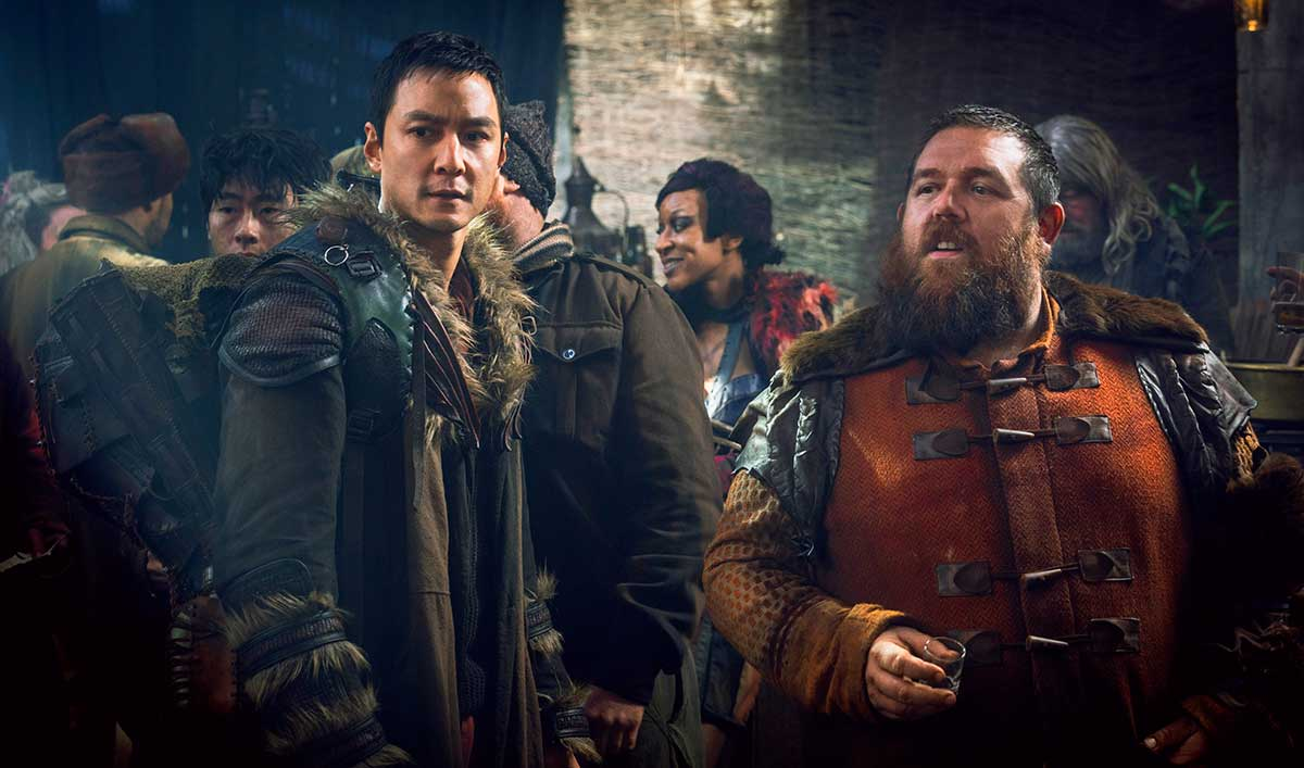 Extras for <em>Into the Badlands</em> Episode 6