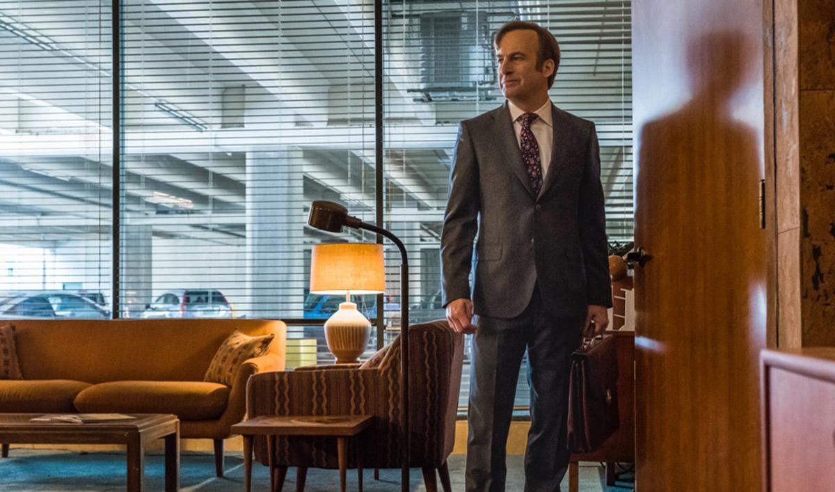 <em>USA Today</em> on Vince Gilligan Previewing Season 4; <em>TV Guide</em> Touts Bingeing<em>Saul</em>