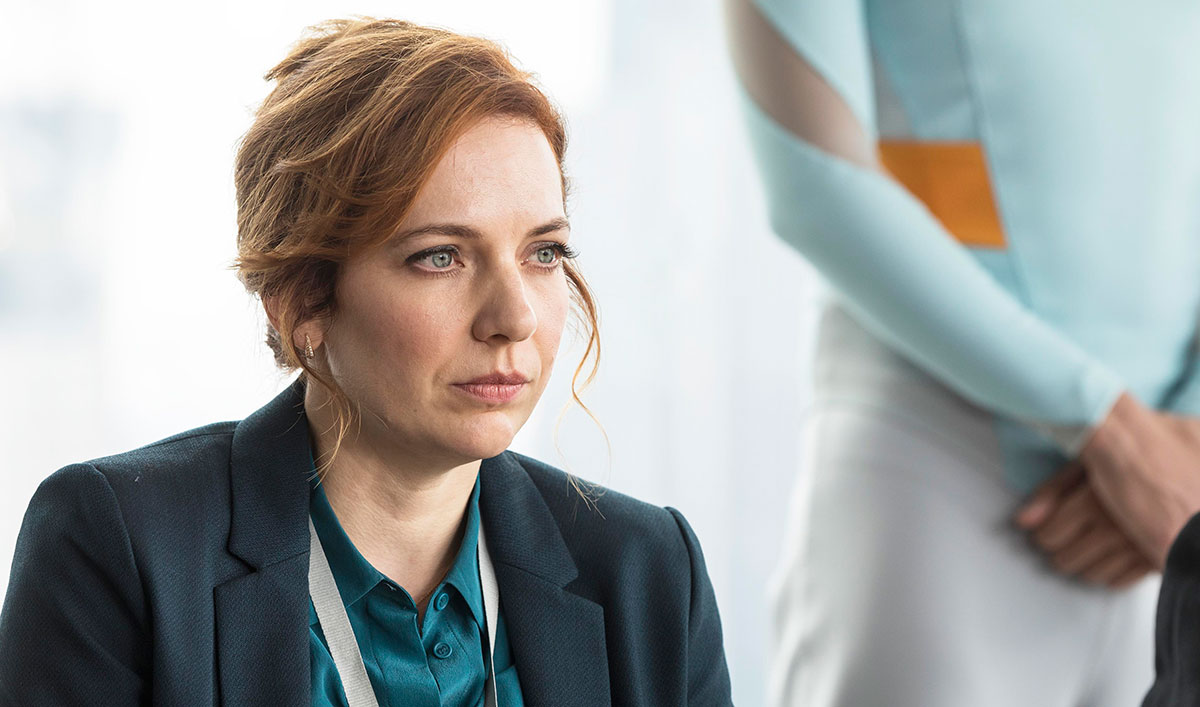 <em>HUMANS</em> Q&#038;A &#8212; Katherine Parkinson (Laura Hawkins)