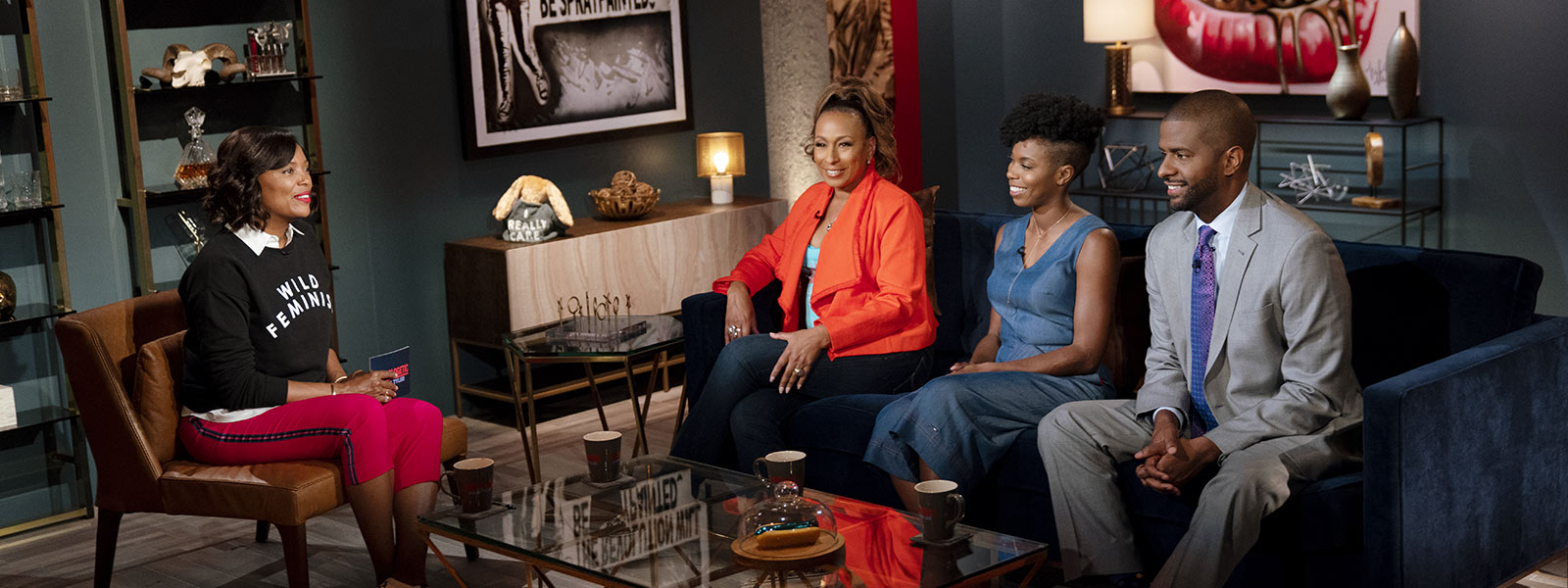 unapologetic-with-aisha-tyler-episode-104-tamara-tunie-800×600