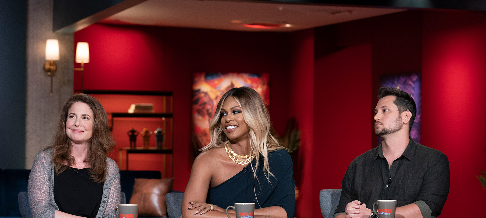 unapologetic-with-aisha-tyler-episode-107-robin-weigert-laverne-cox-800×600