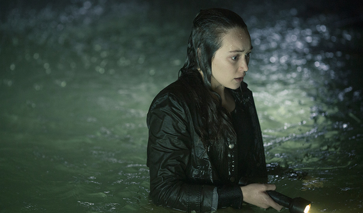 Showrunner Teases Next Episode to <em>EW</em>; <em>VF</em> Hails Alycia Debnam-Carey