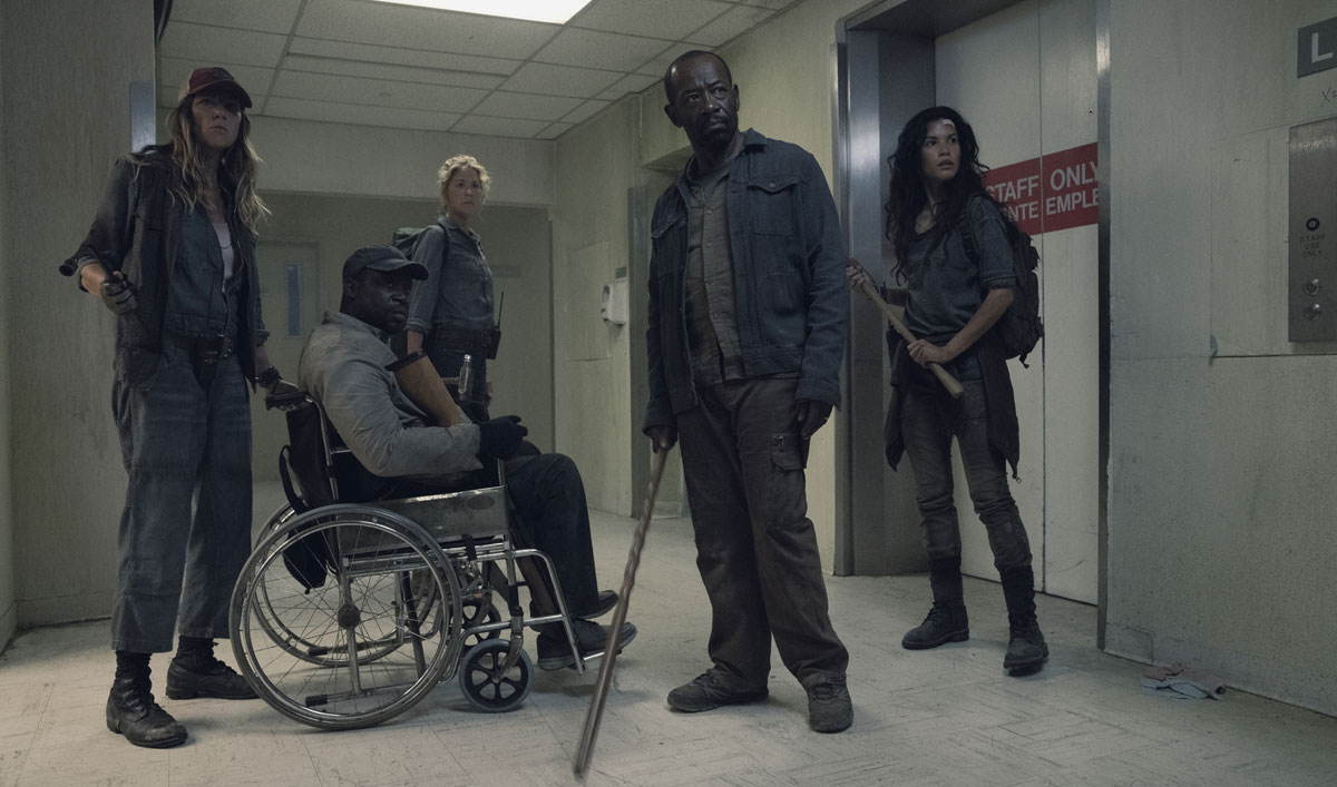 Sneak Peek of <em>Fear the Walking Dead</em> Episode 15 — Morgan Risks His Life for the Group