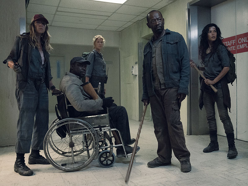 fear-the-walking-dead-episode-415-sarah-collins-morgan-james-800×600-inside