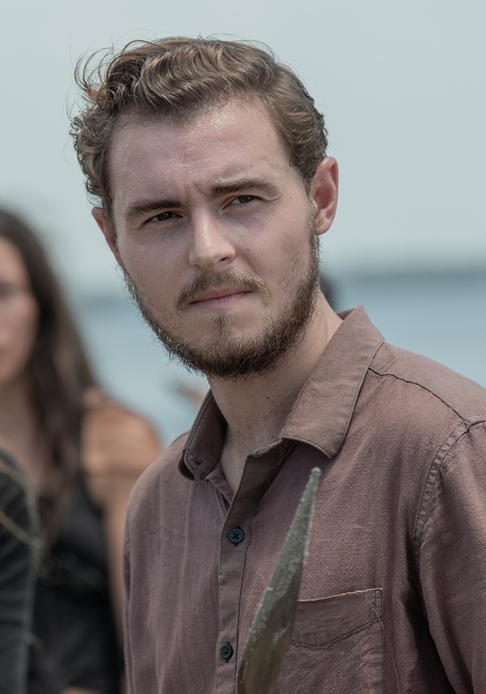 the-walking-dead-season-10-cast-alden-mcauliffe-800×600