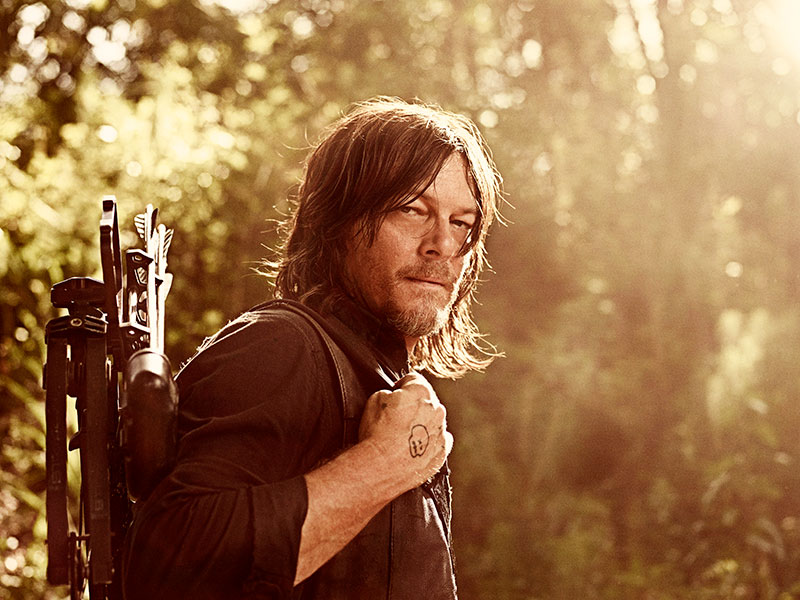 the-walking-dead-season-9-cast-portaits-daryl-reedus-800×600