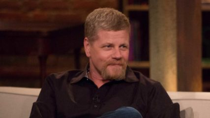 "Talking Dead on ""Stradivarius"""
