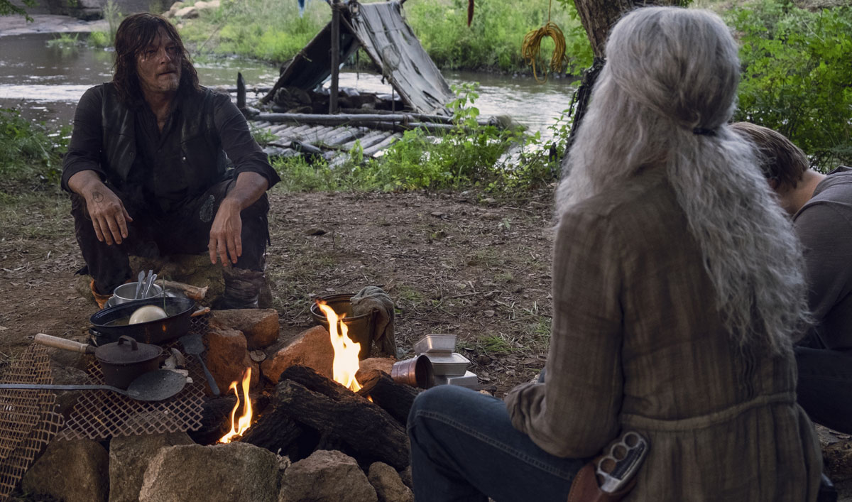 Sneak Peek of <em>The Walking Dead</em> Episode 7 — Daryl and Carol Reunite, Six Years After Rick