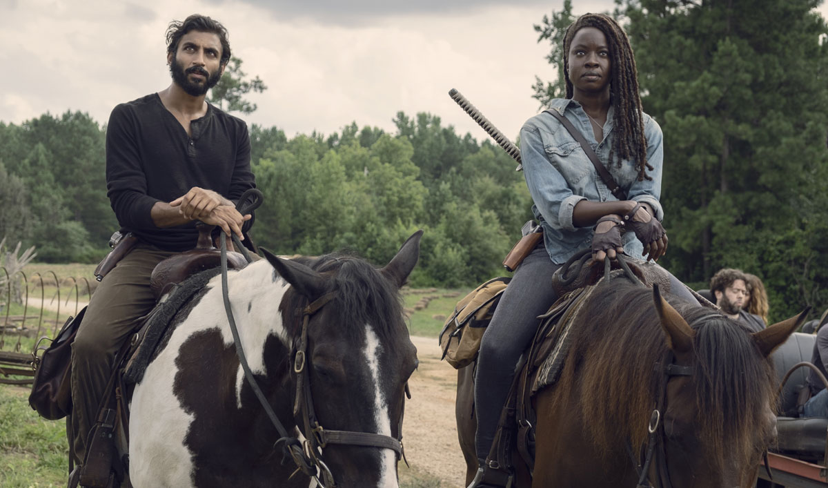 Sneak Peek of <em>The Walking Dead</em> Mid-Season Finale — The Hilltop Isn&#8217;t Happy to See Michonne