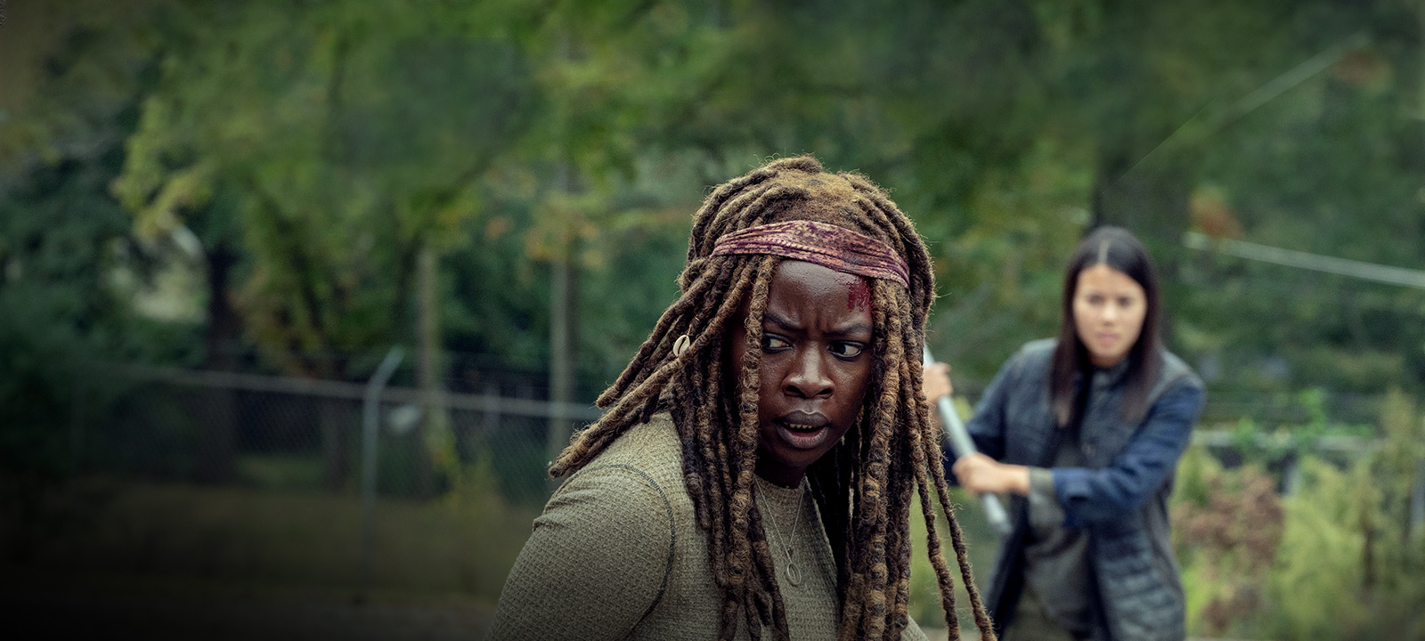 the-walking-dead-episode-914-michonne-gurira-post-800×600